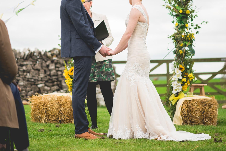 Peak+district+farm+wedding+lower+damgate+photographer-135.jpg