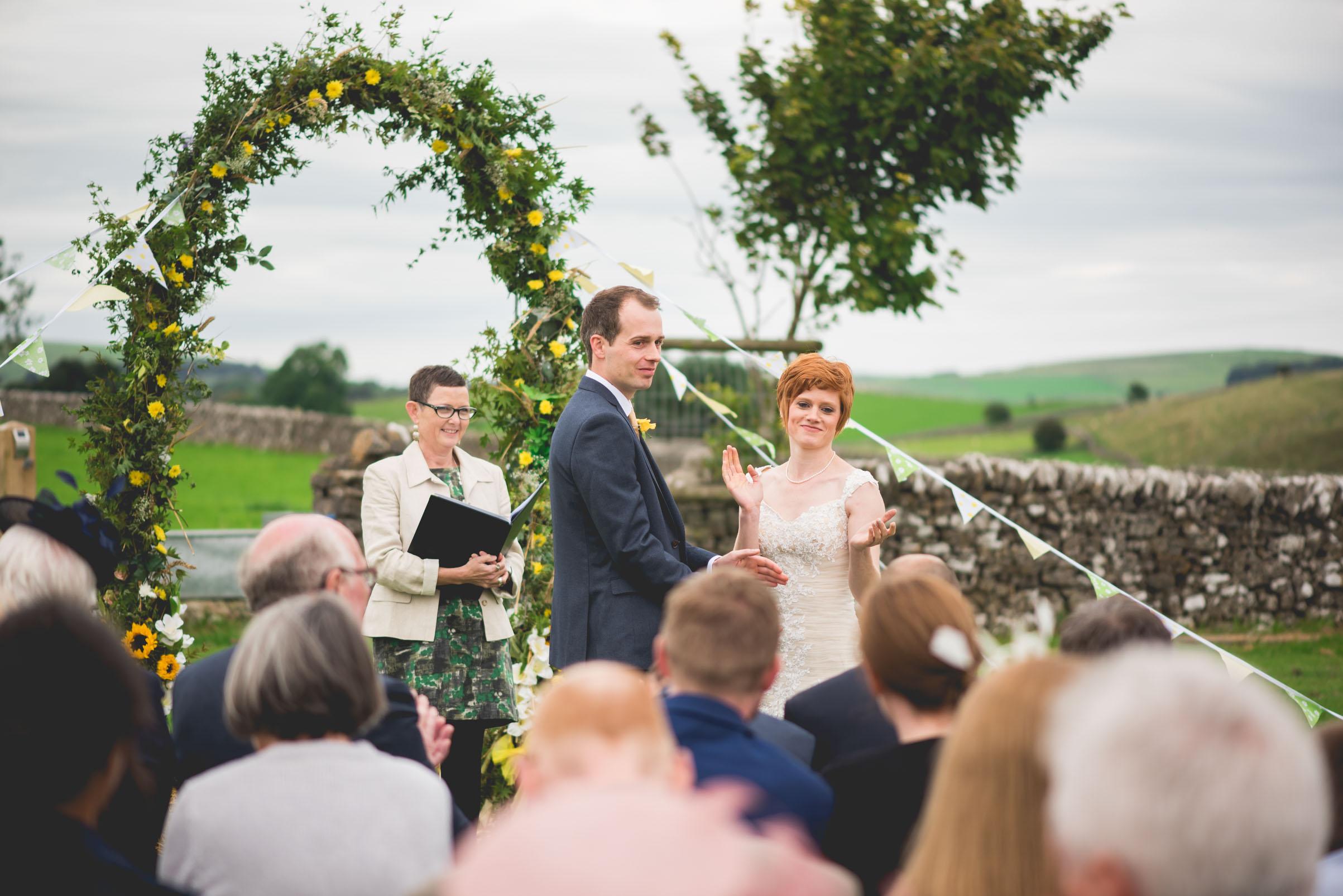 Peak+district+farm+wedding+lower+damgate+photographer-134.jpg
