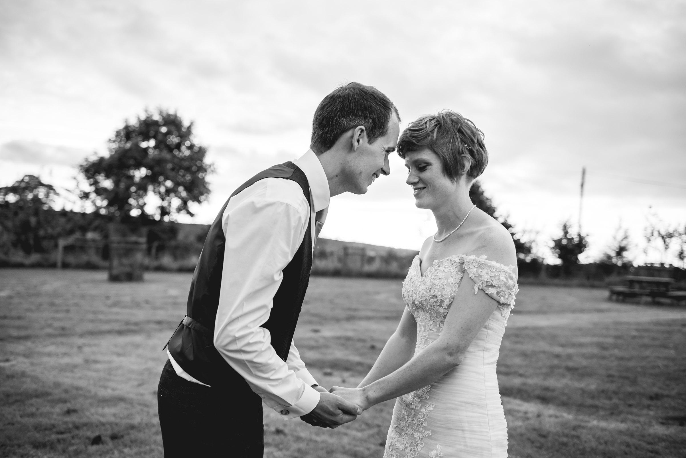 Peak+district+farm+wedding+lower+damgate+photographer-201.jpg