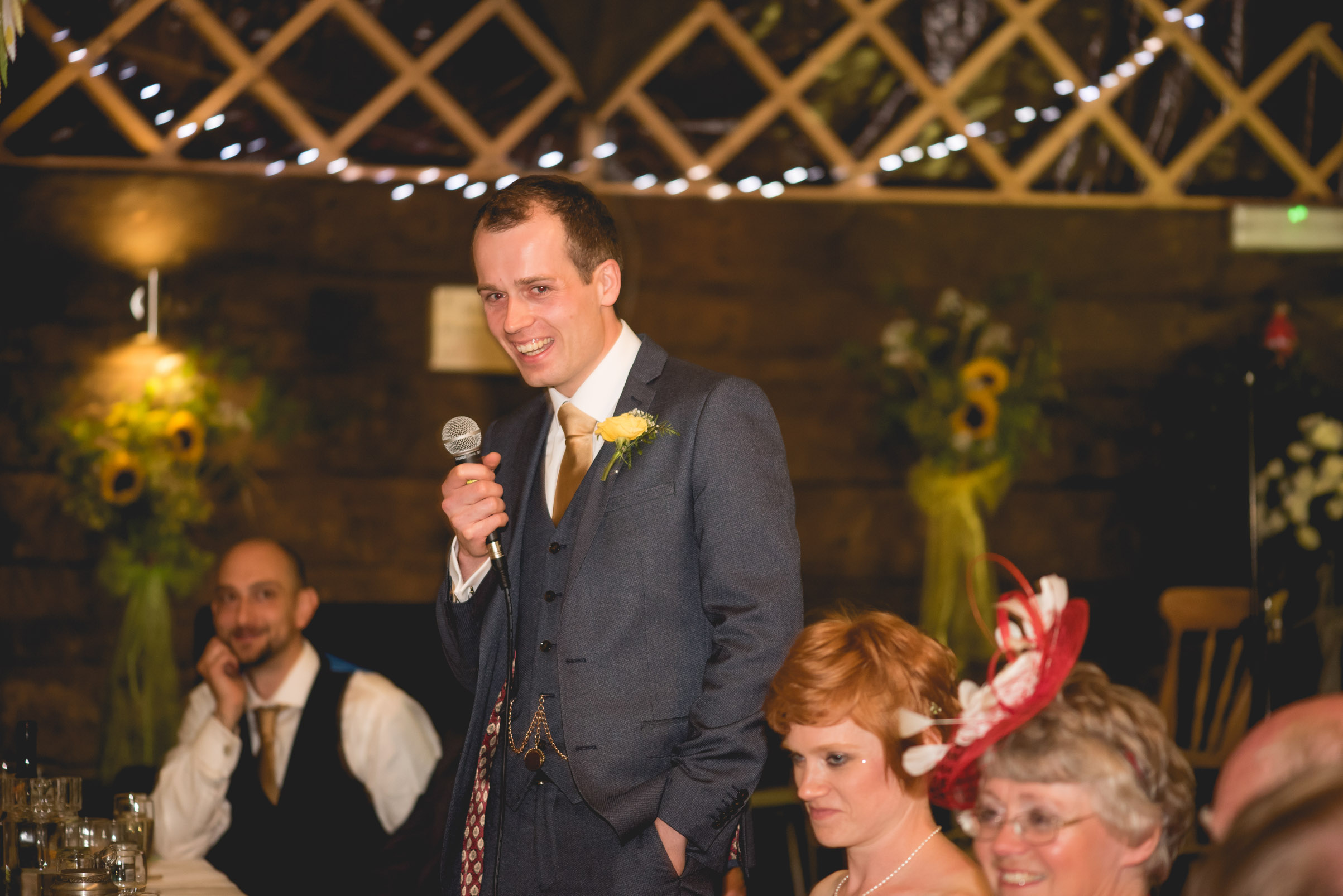 Peak+district+farm+wedding+lower+damgate+photographer-221.jpg