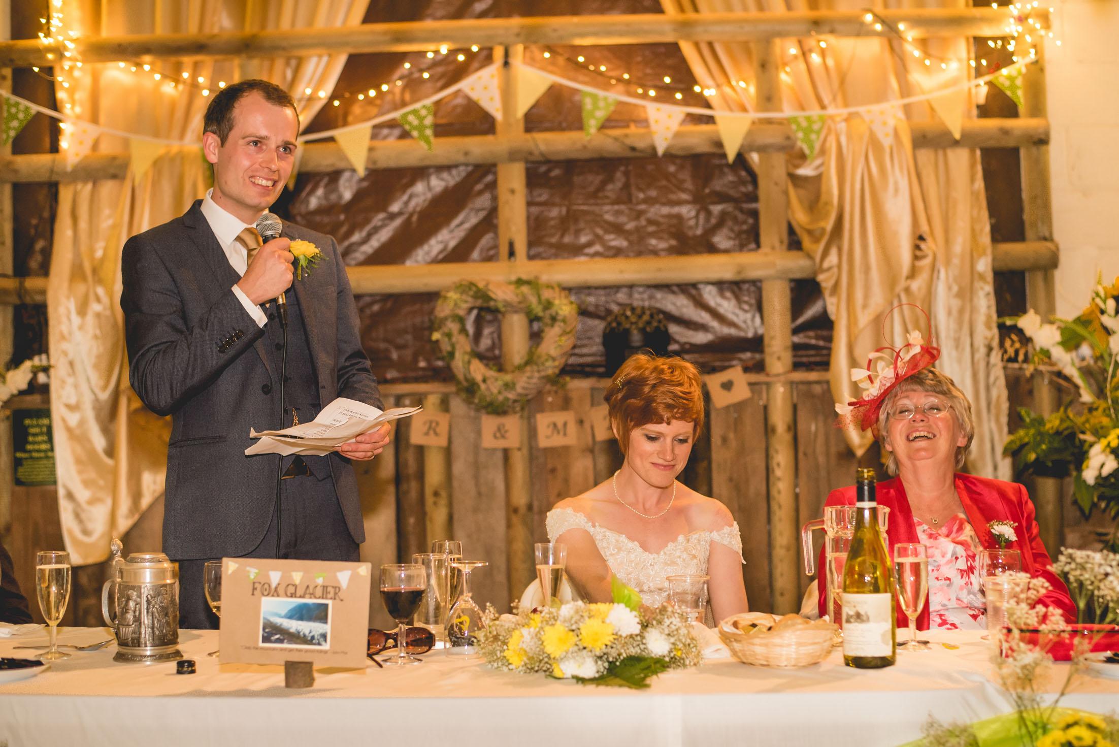Peak+district+farm+wedding+lower+damgate+photographer-222.jpg