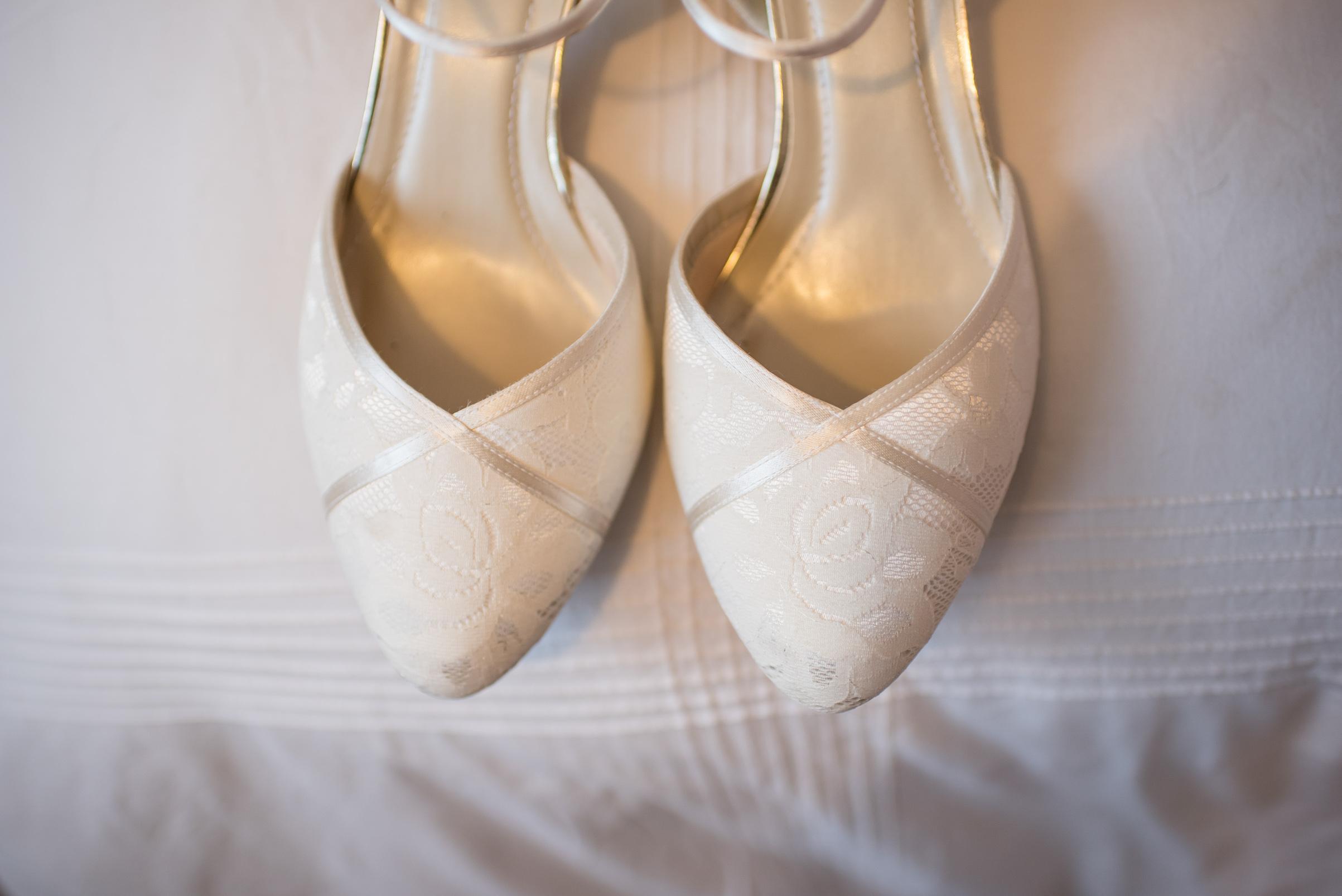 The+Fairlawns+wedding+Aldridge+StLukes+Church-15.jpg