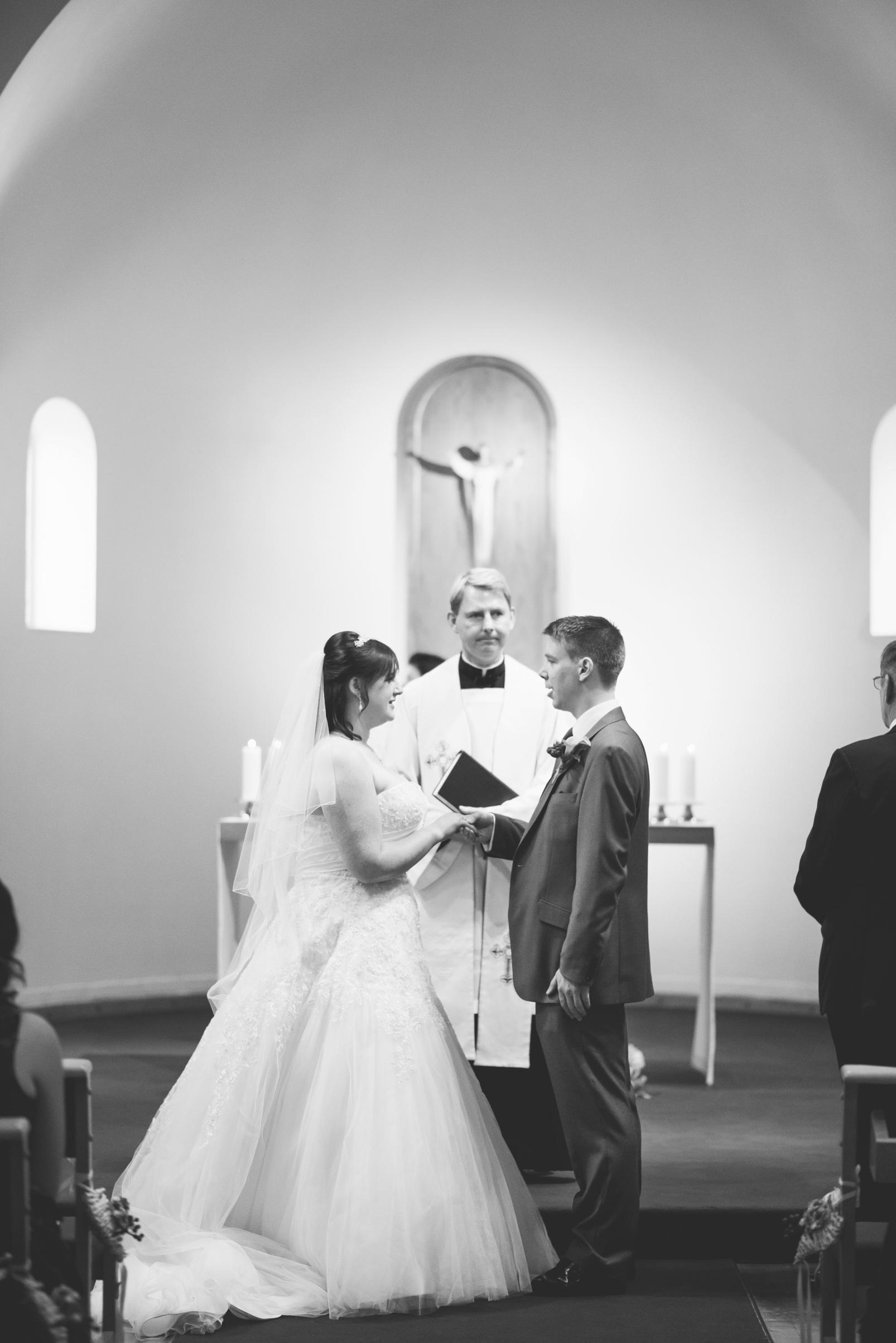 The+Fairlawns+wedding+Aldridge+StLukes+Church-90.jpg