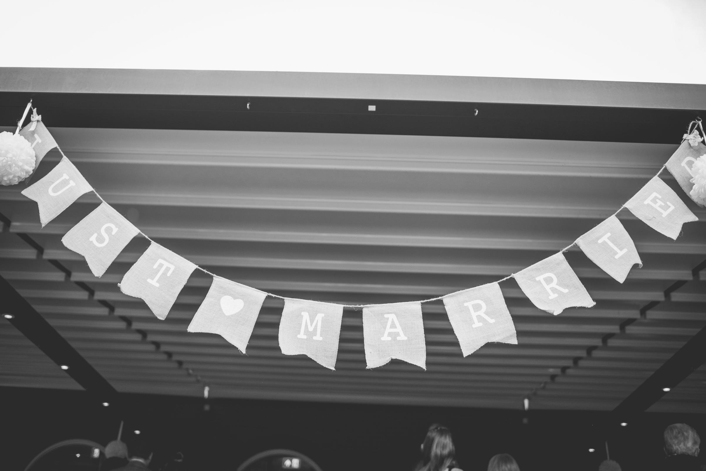 The+Fairlawns+wedding+Aldridge+StLukes+Church-148.jpg