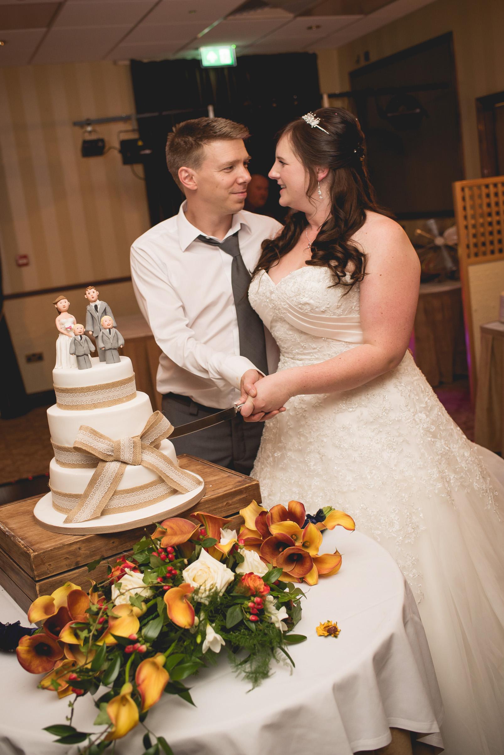 The+Fairlawns+wedding+Aldridge+StLukes+Church-212.jpg