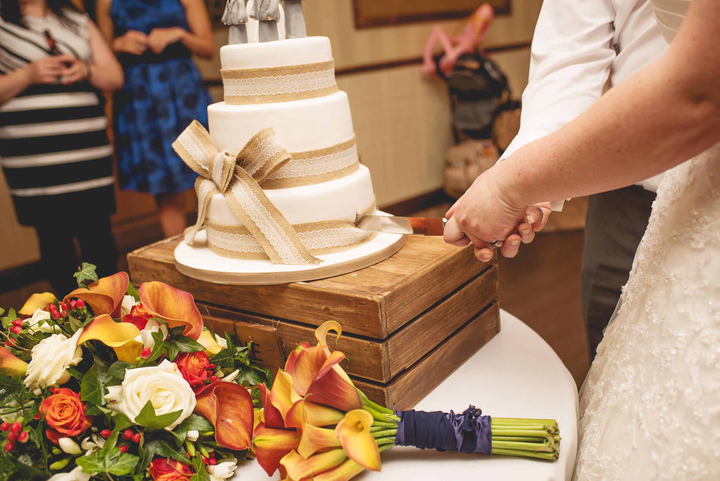 The+Fairlawns+wedding+Aldridge+StLukes+Church-213.jpg