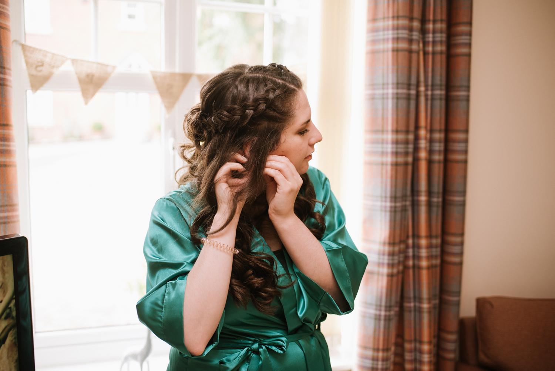 Jodie-George-shustoke-barn-wedding-photography-staffordshire-4.jpg