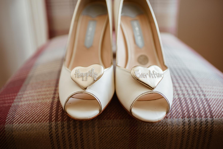 Jodie-George-shustoke-barn-wedding-photography-staffordshire-22.jpg