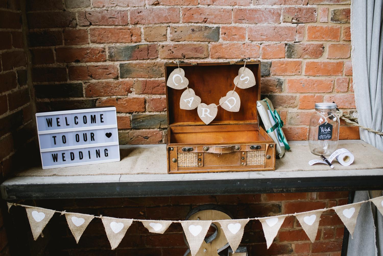 Jodie-George-shustoke-barn-wedding-photography-staffordshire-239.jpg