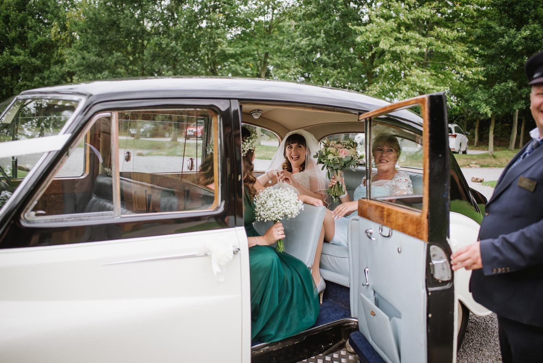 Jodie-George-shustoke-barn-wedding-photography-staffordshire-280.jpg