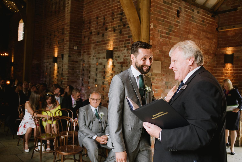 Jodie-George-shustoke-barn-wedding-photography-staffordshire-328.jpg