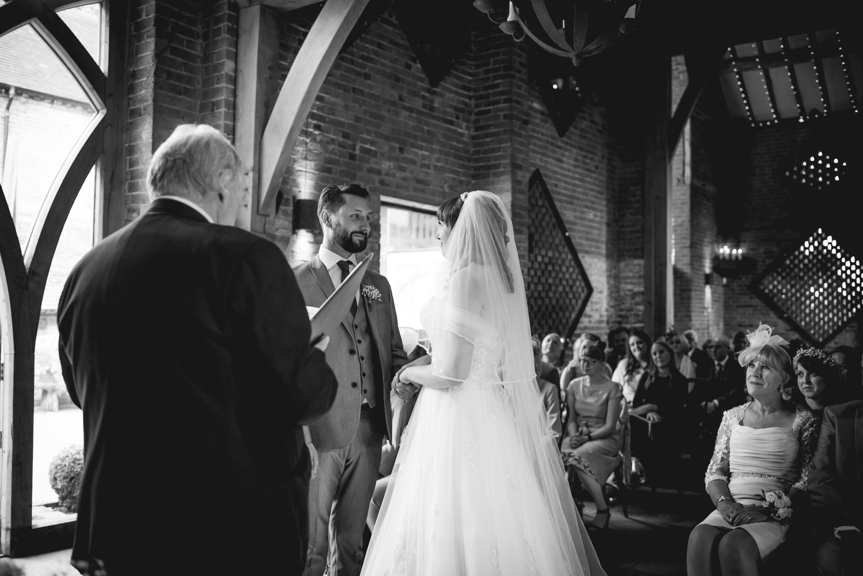 Jodie-George-shustoke-barn-wedding-photography-staffordshire-370.jpg