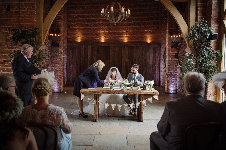 Jodie-George-shustoke-barn-wedding-photography-staffordshire-413.jpg