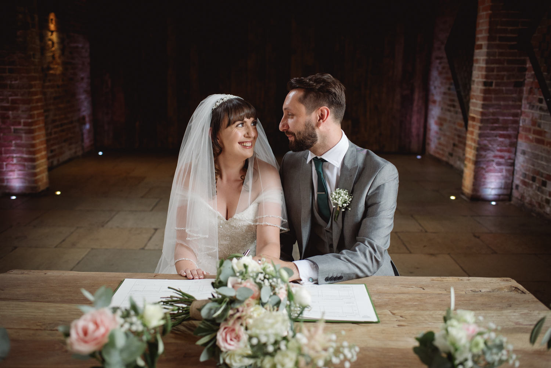 Jodie-George-shustoke-barn-wedding-photography-staffordshire-420.jpg