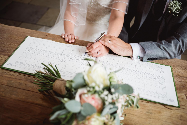 Jodie-George-shustoke-barn-wedding-photography-staffordshire-422.jpg