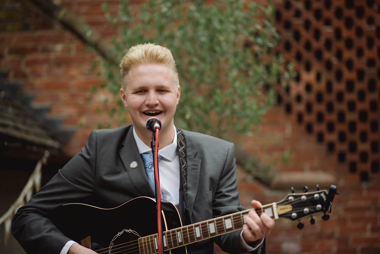 Jodie-George-shustoke-barn-wedding-photography-staffordshire-512.jpg