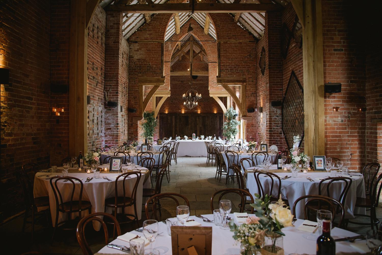 Jodie-George-shustoke-barn-wedding-photography-staffordshire-552.jpg