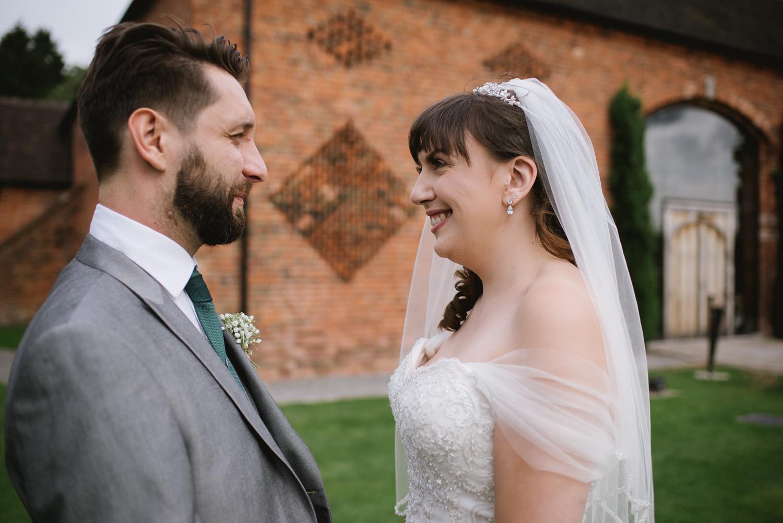 Jodie-George-shustoke-barn-wedding-photography-staffordshire-697.jpg
