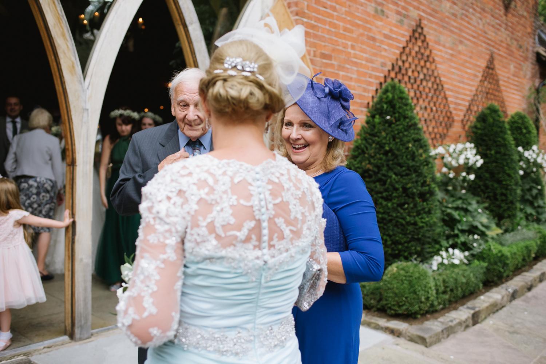 Jodie-George-shustoke-barn-wedding-photography-staffordshire-916.jpg