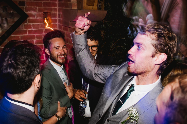 Jodie-George-shustoke-barn-wedding-photography-staffordshire-1001.jpg