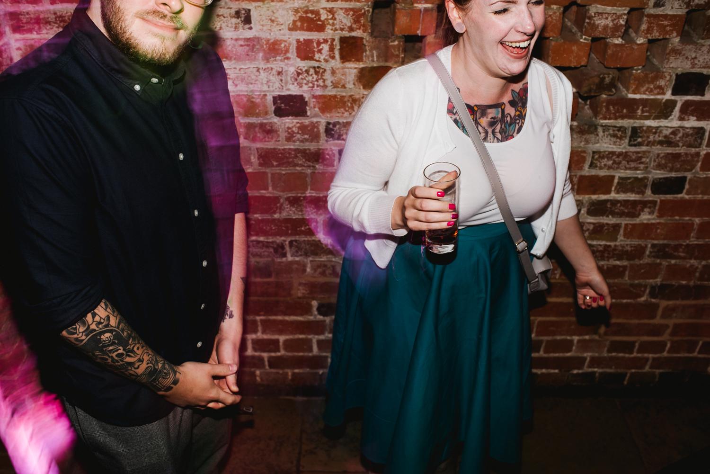 Jodie-George-shustoke-barn-wedding-photography-staffordshire-1003.jpg