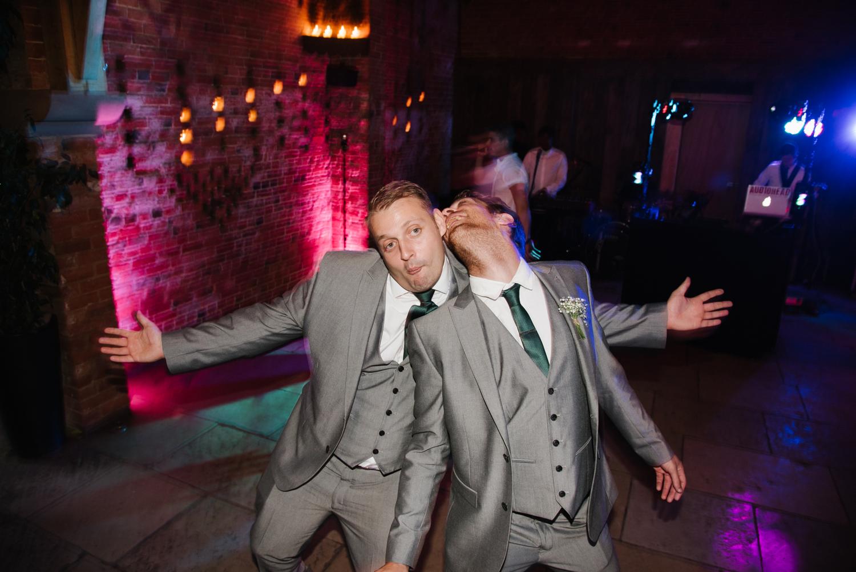 Jodie-George-shustoke-barn-wedding-photography-staffordshire-1013.jpg