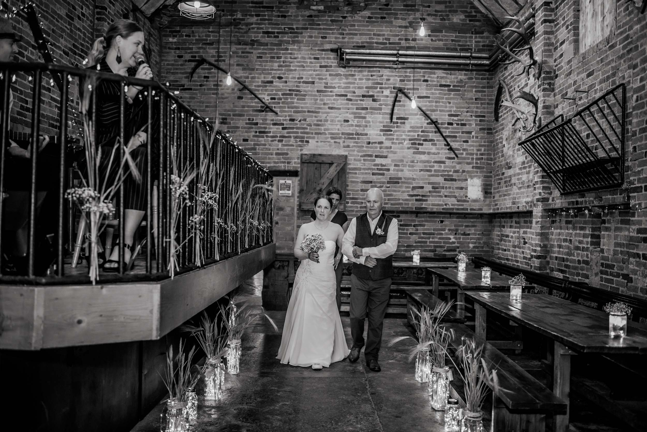Donington-park-farm-wedding-photography-108.jpg