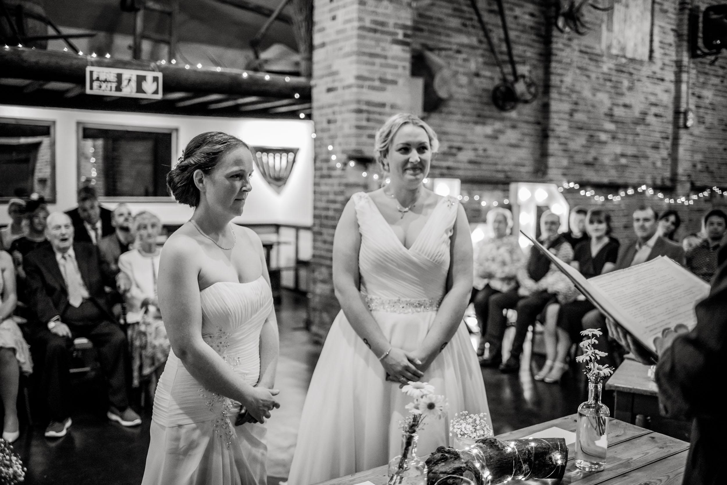 Donington-park-farm-wedding-photography-124.jpg