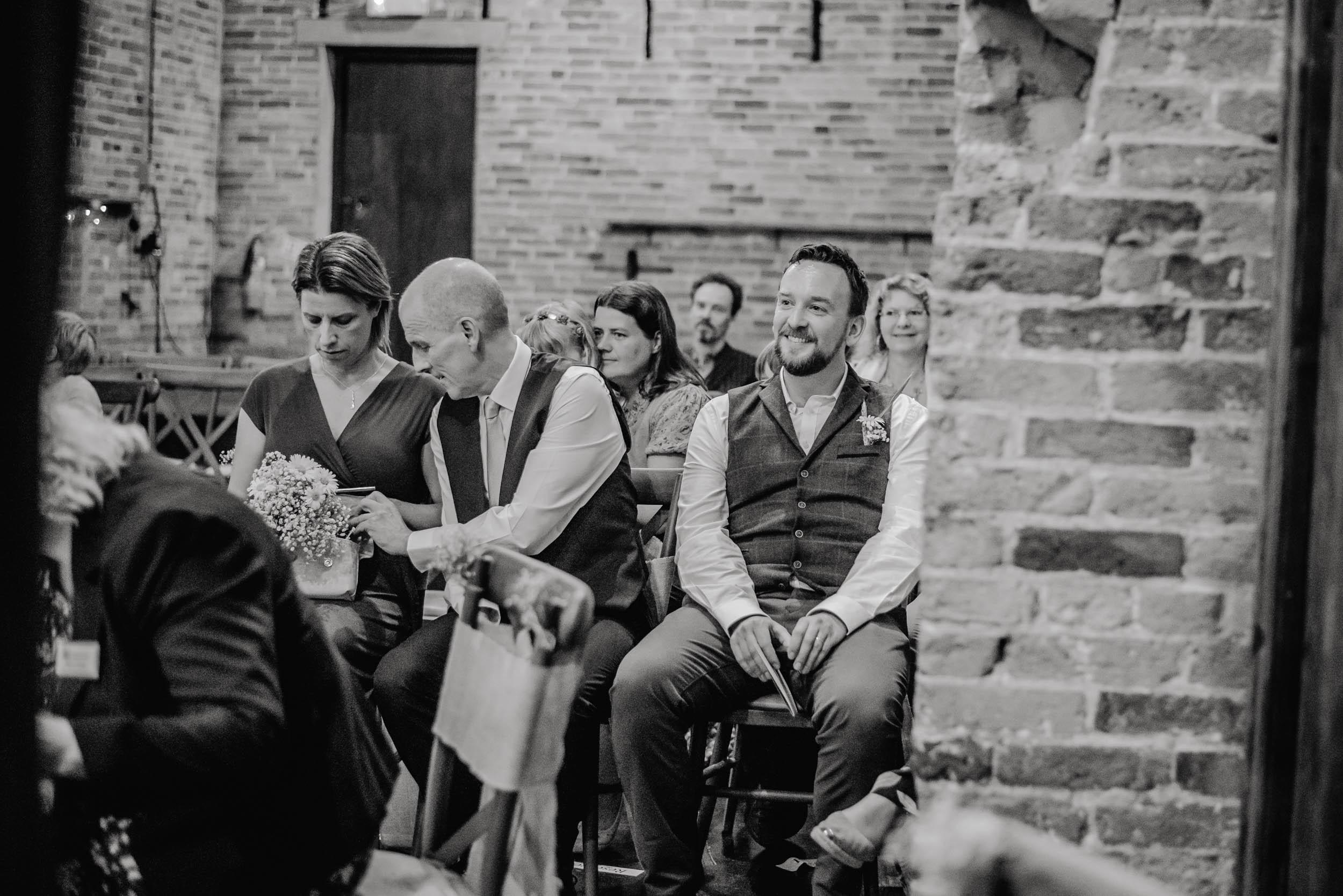 Donington-park-farm-wedding-photography-139.jpg