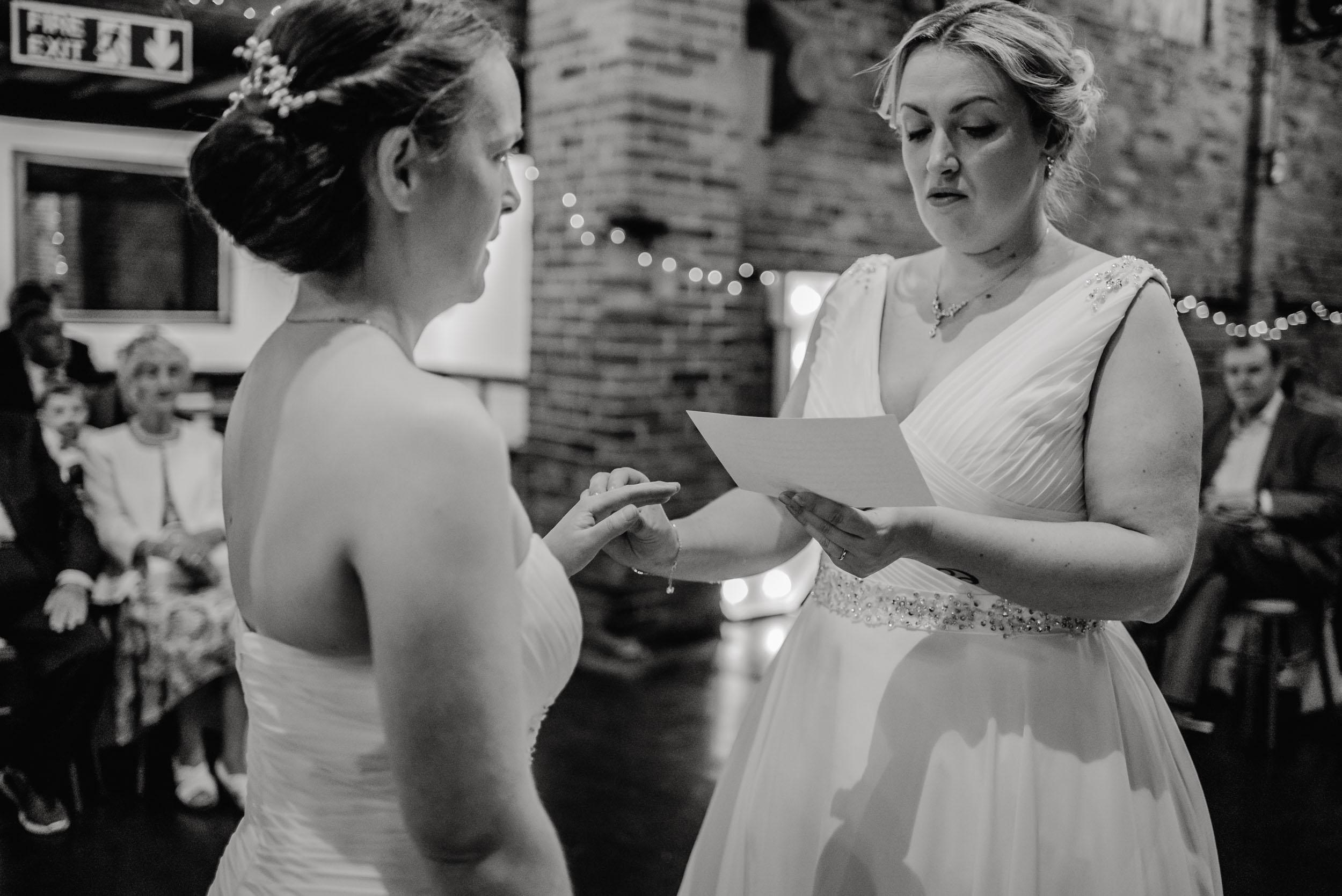 Donington-park-farm-wedding-photography-167.jpg