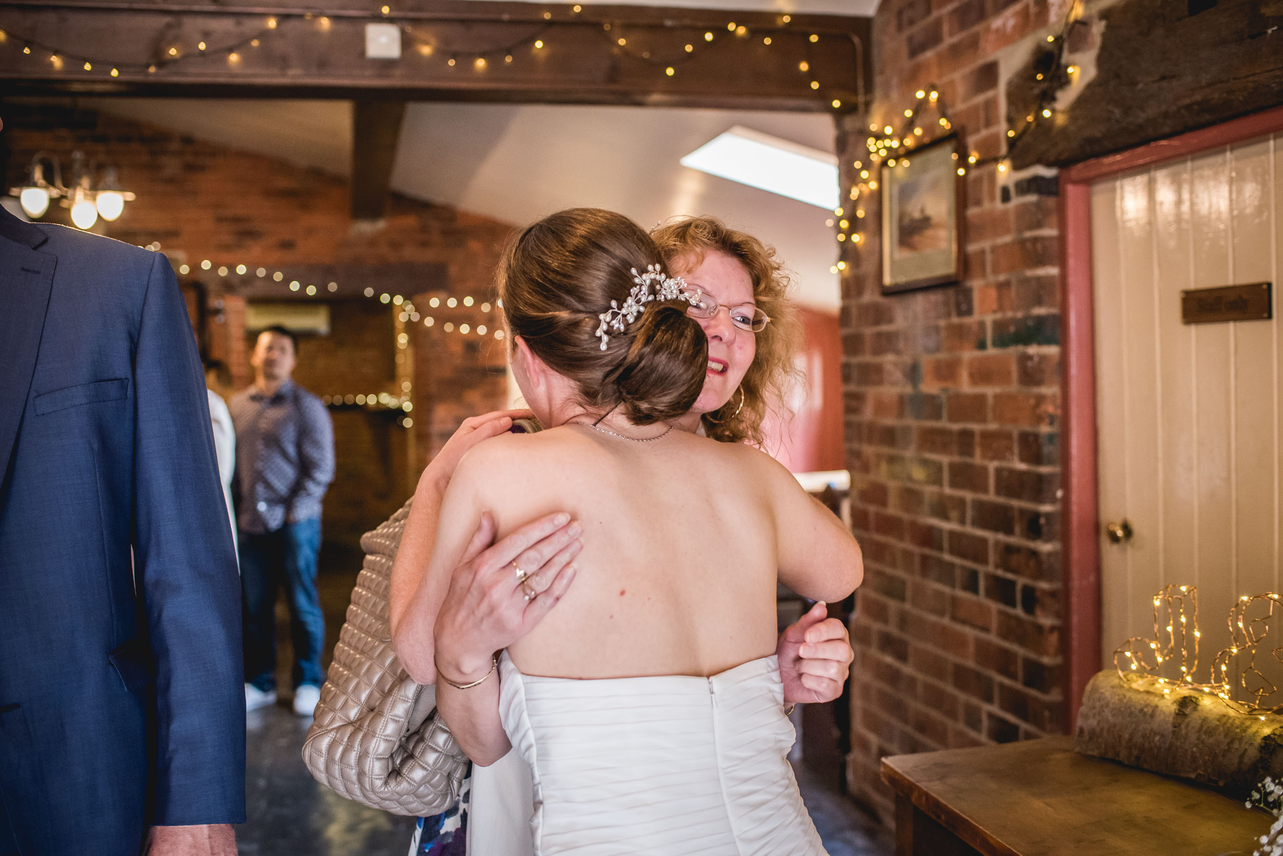 Donington-park-farm-wedding-photography-226.jpg