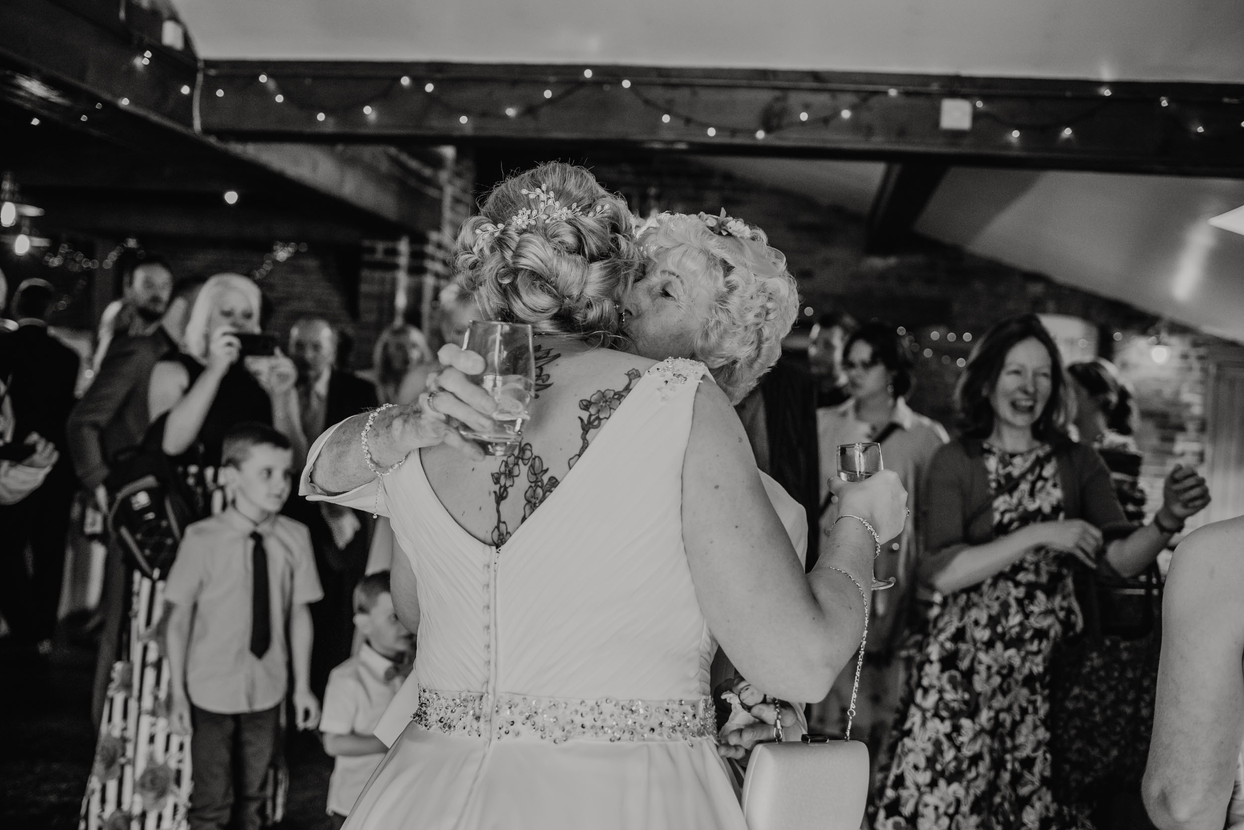 Donington-park-farm-wedding-photography-234.jpg