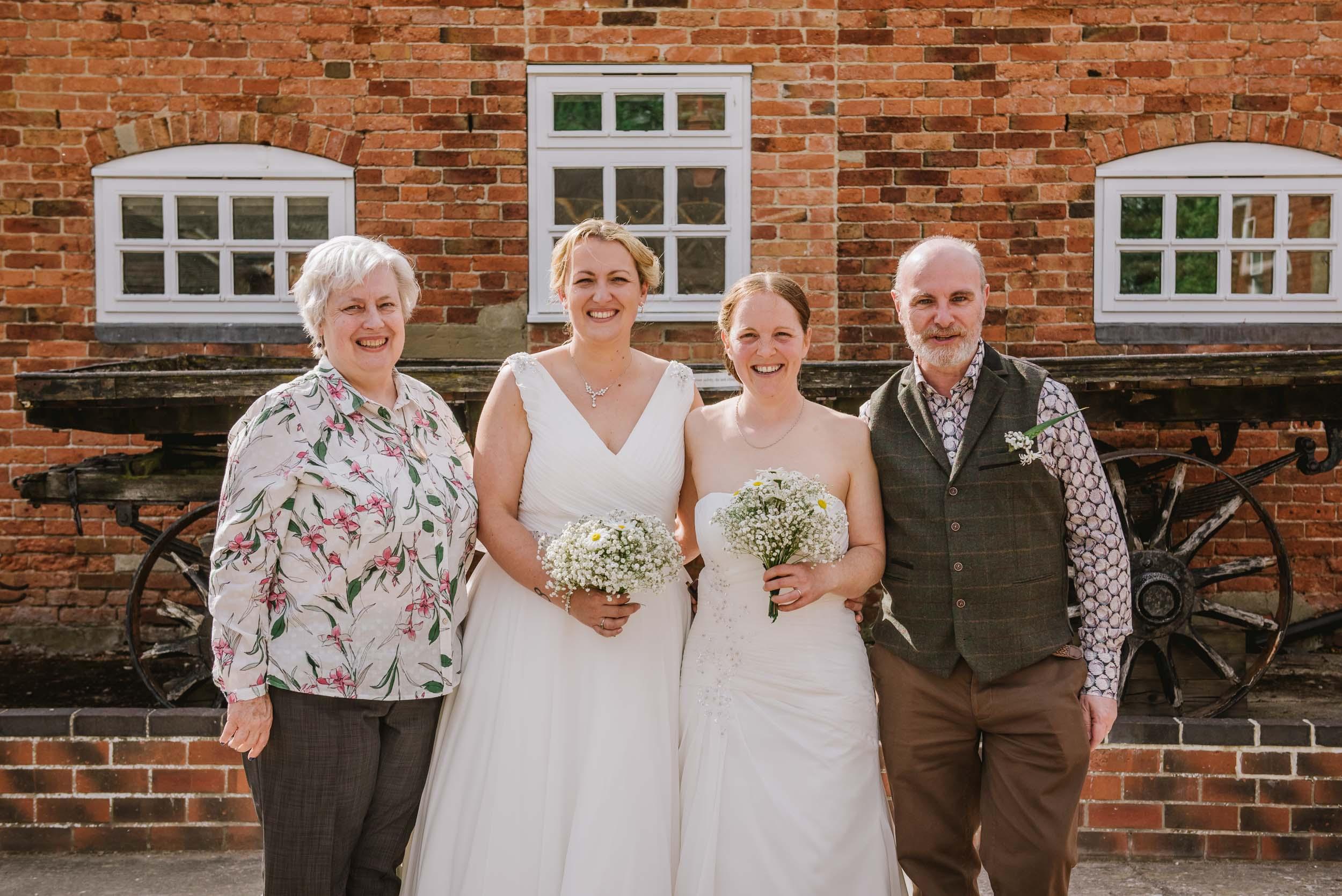 Donington-park-farm-wedding-photography-309.jpg