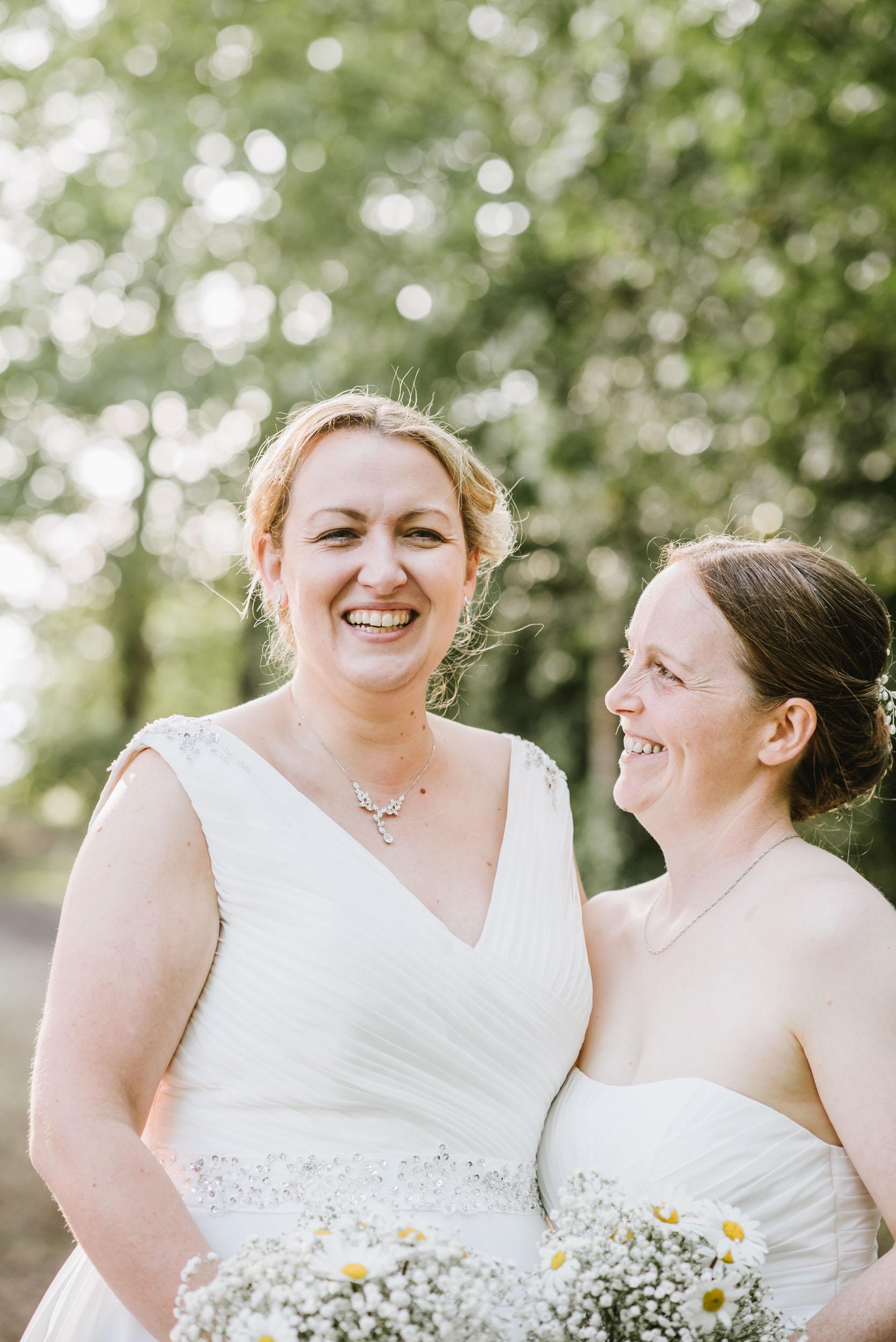 Donington-park-farm-wedding-photography-525.jpg