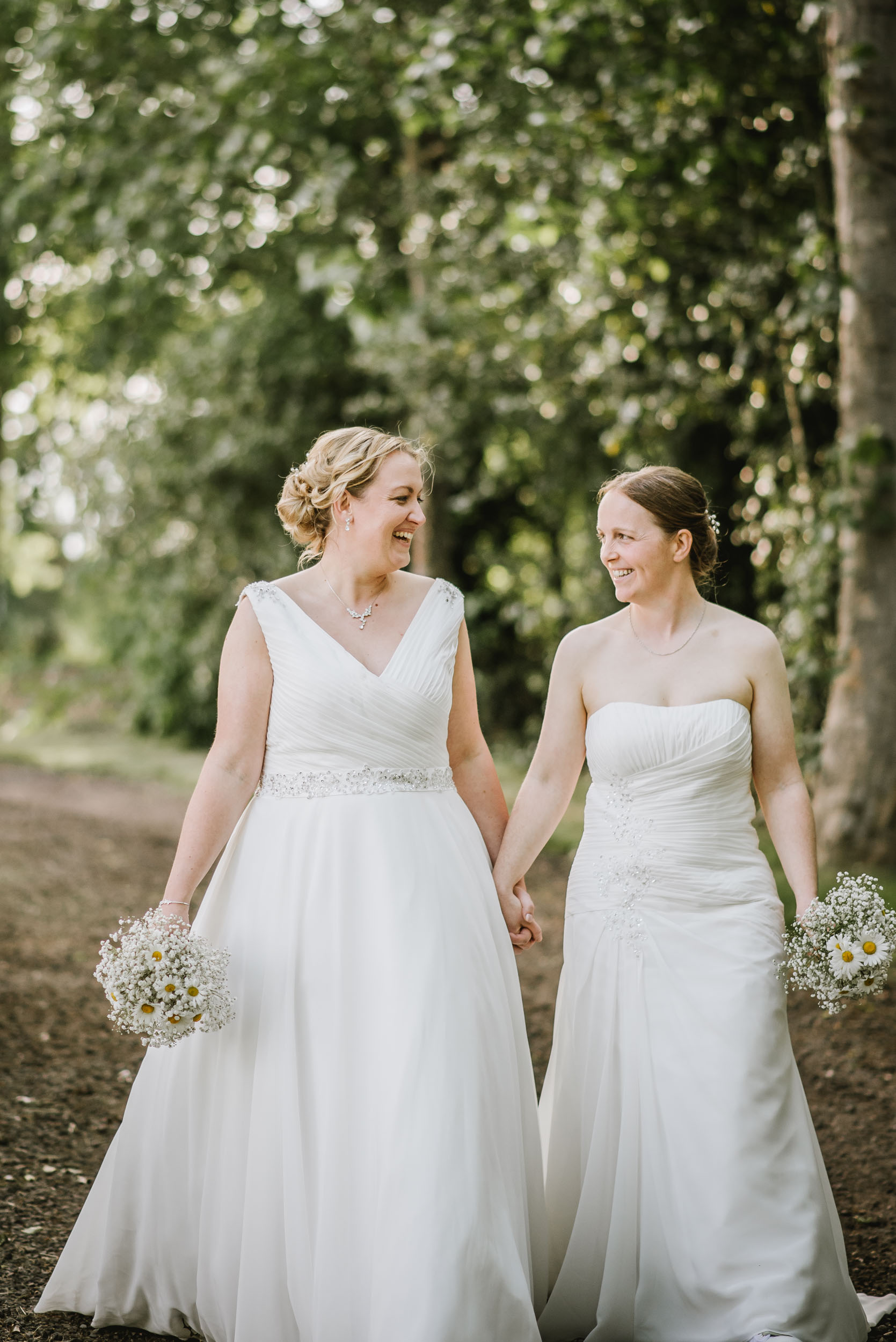 Donington-park-farm-wedding-photography-565.jpg