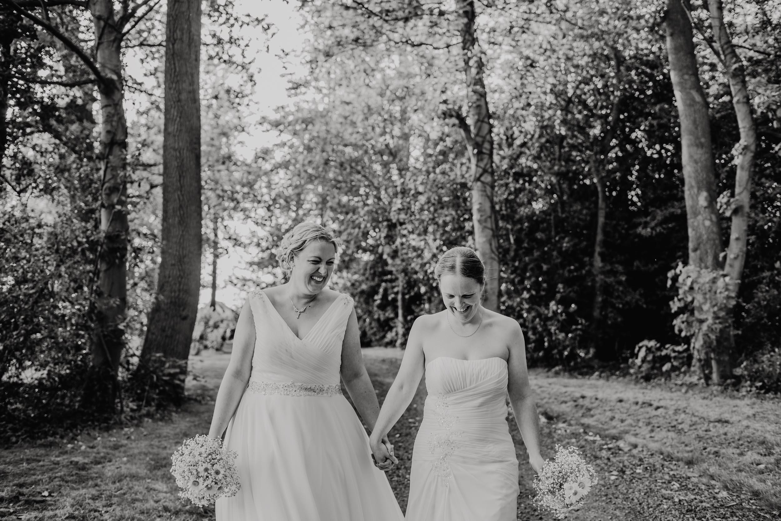Donington-park-farm-wedding-photography-579.jpg