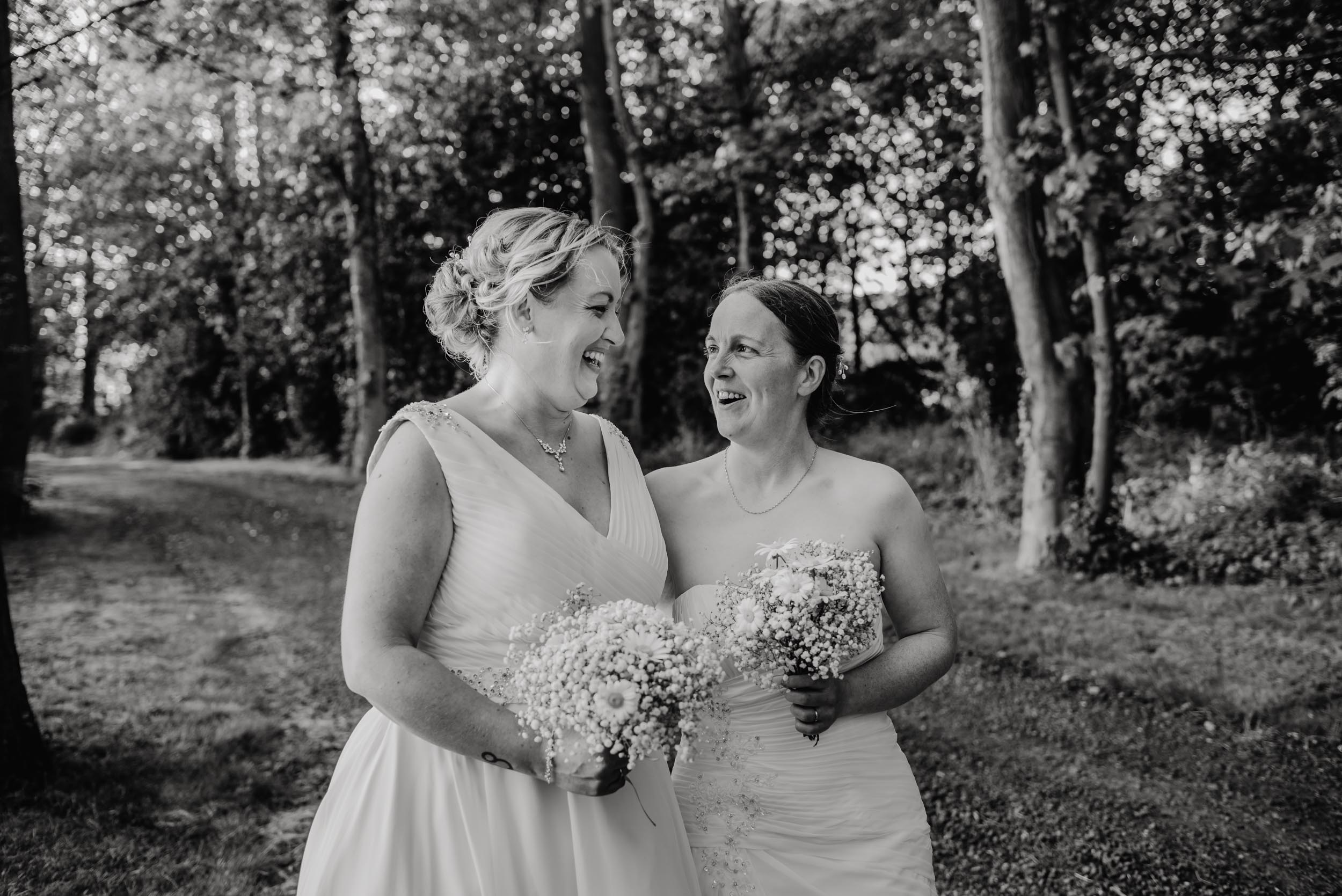 Donington-park-farm-wedding-photography-589.jpg