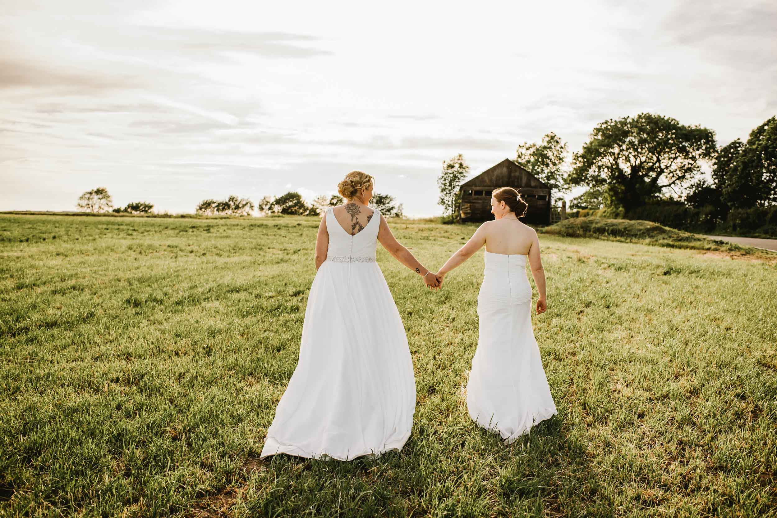 Donington-park-farm-wedding-photography-624.jpg