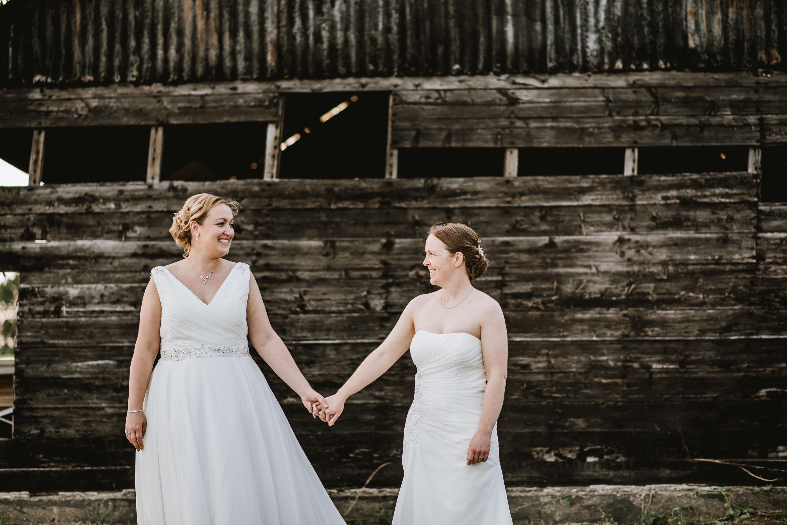 Donington-park-farm-wedding-photography-642.jpg