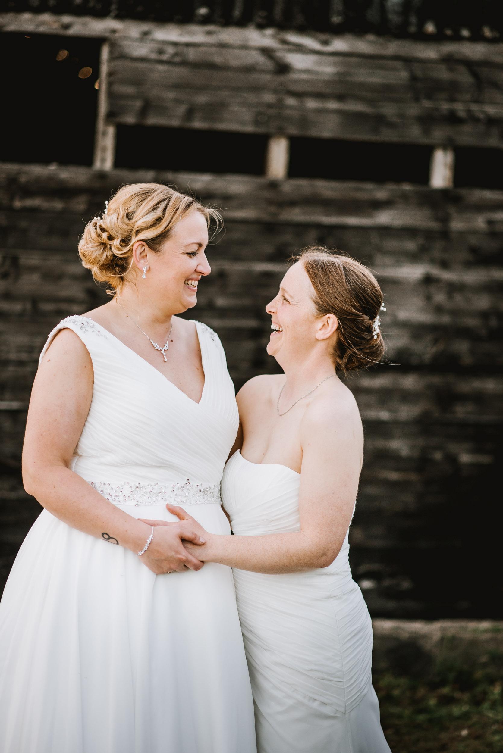 Donington-park-farm-wedding-photography-652.jpg