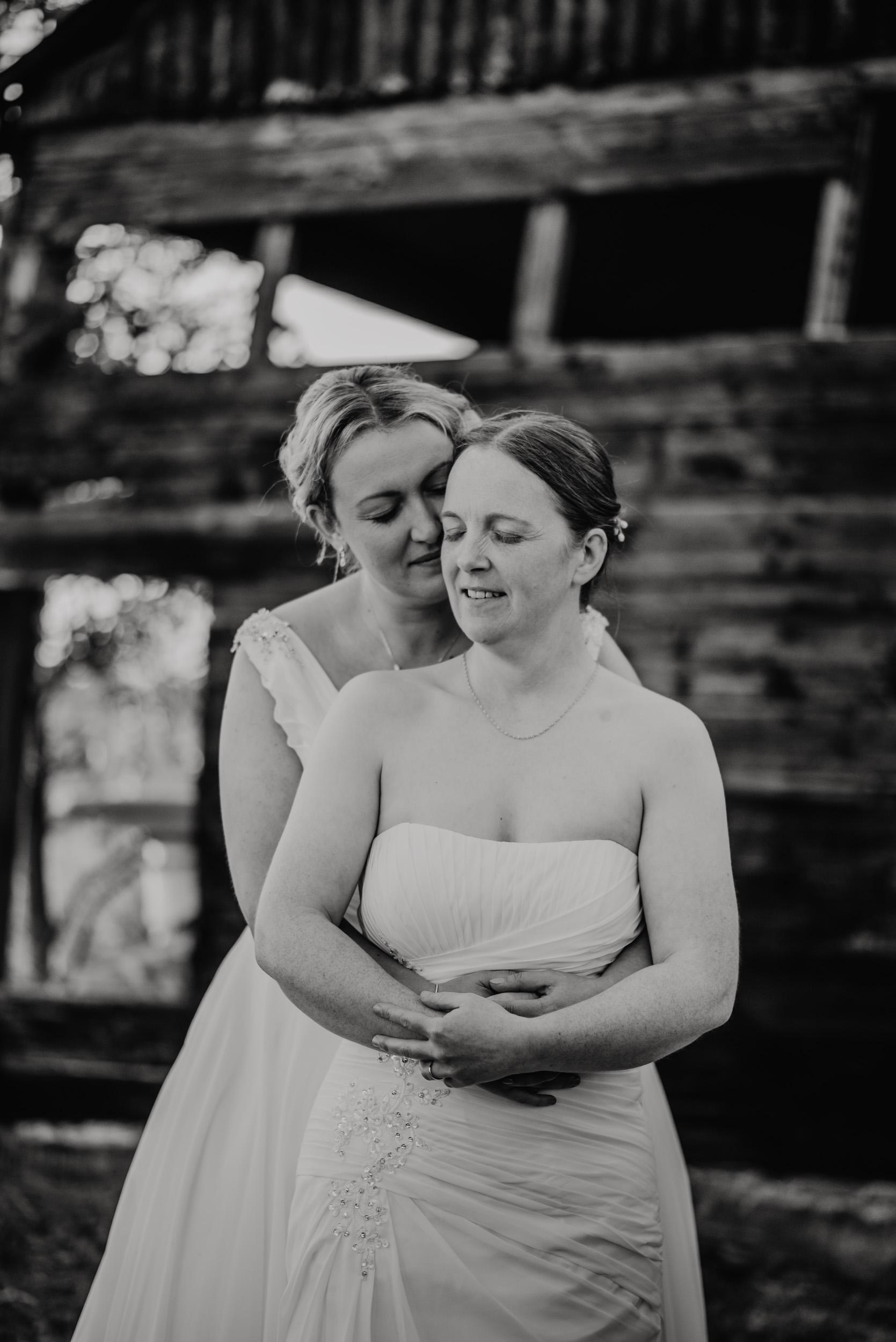 Donington-park-farm-wedding-photography-664.jpg