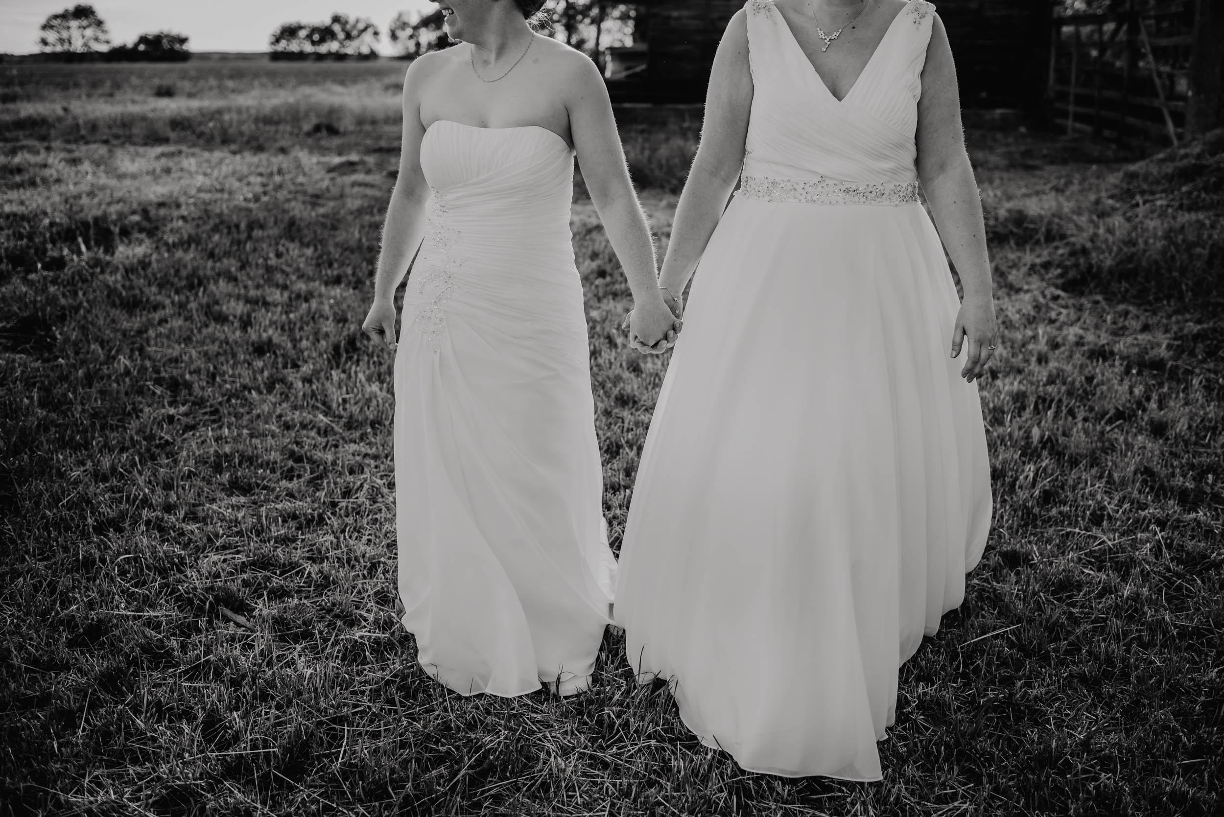Donington-park-farm-wedding-photography-683.jpg