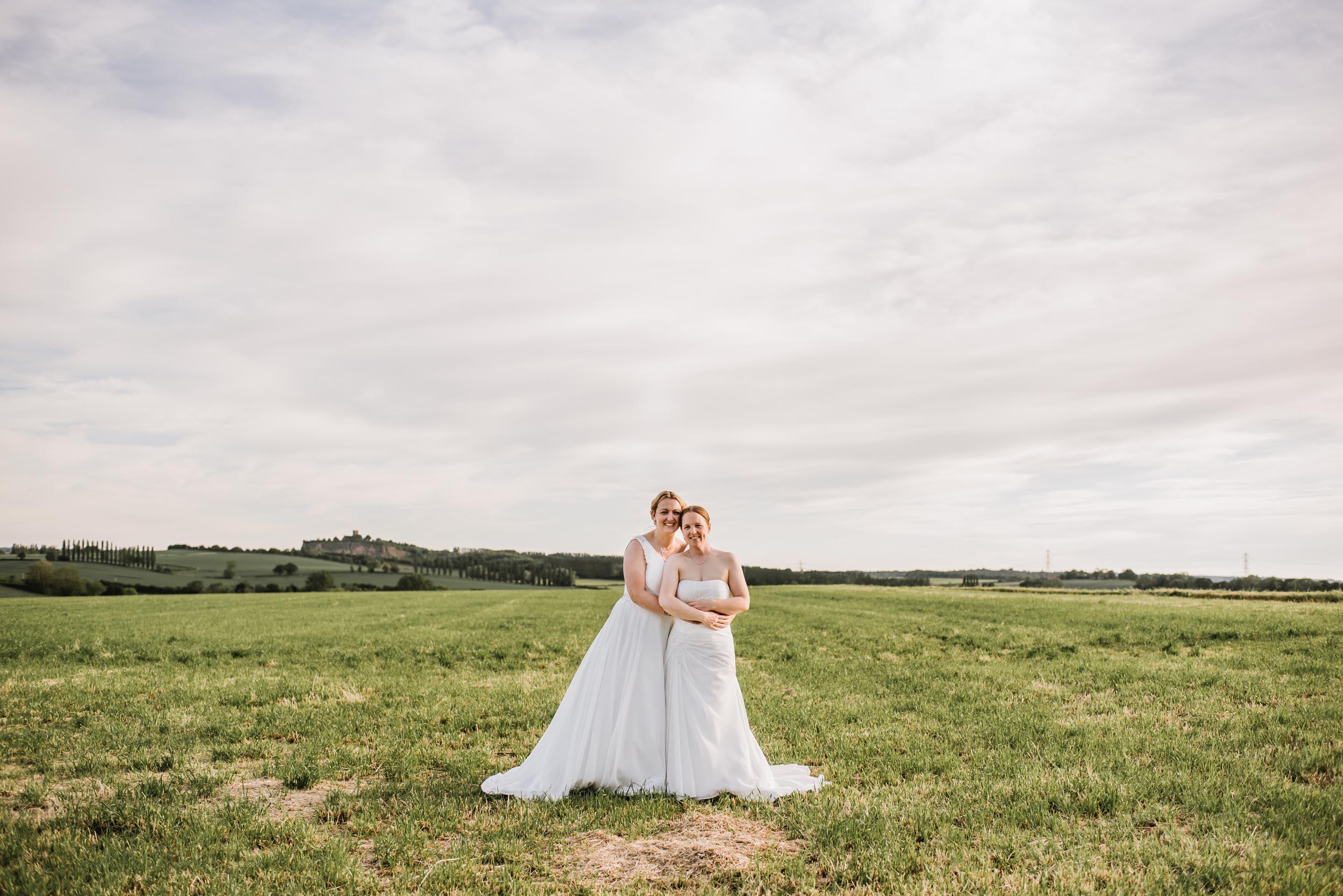 Donington-park-farm-wedding-photography-688.jpg