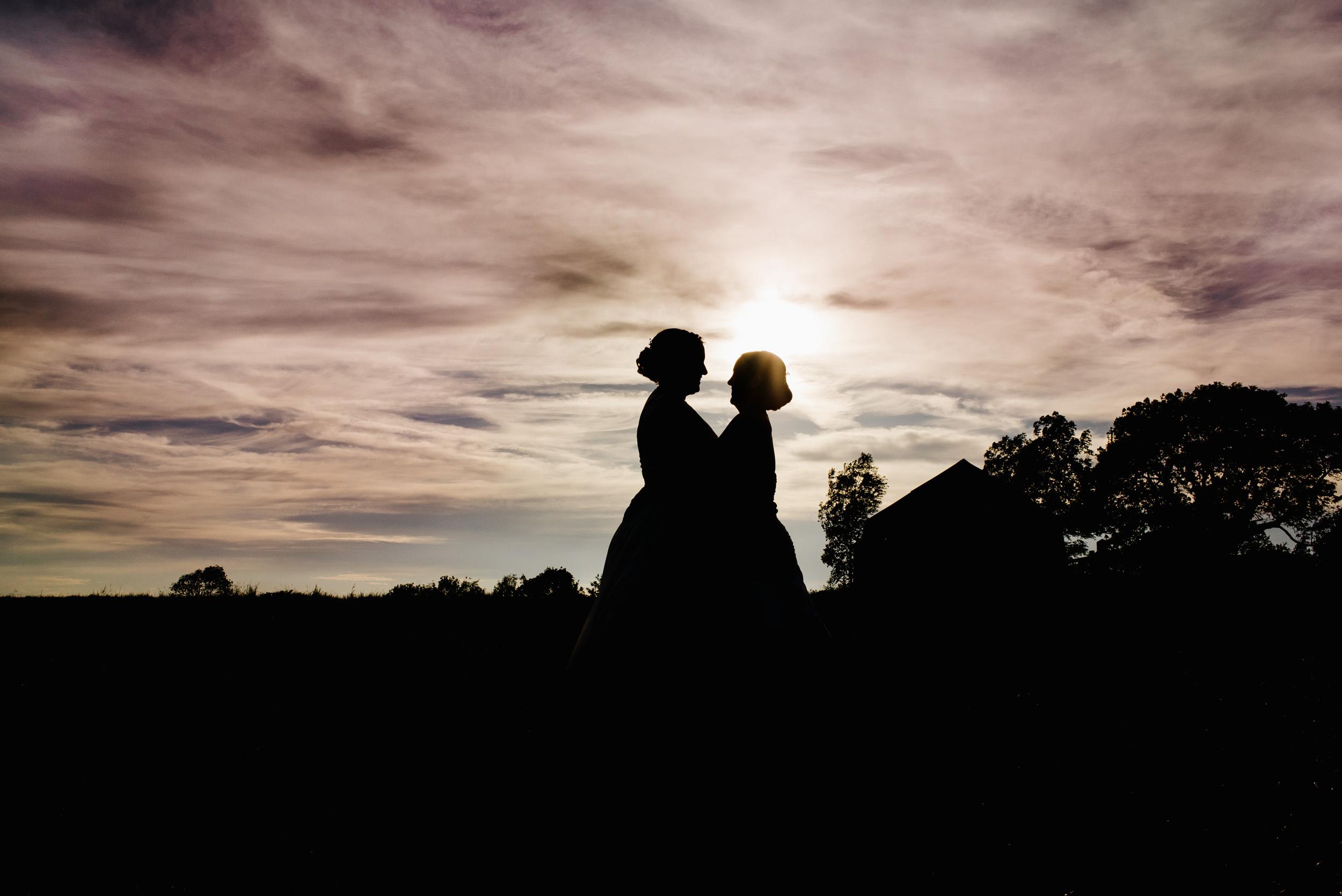 Donington-park-farm-wedding-photography-691.jpg
