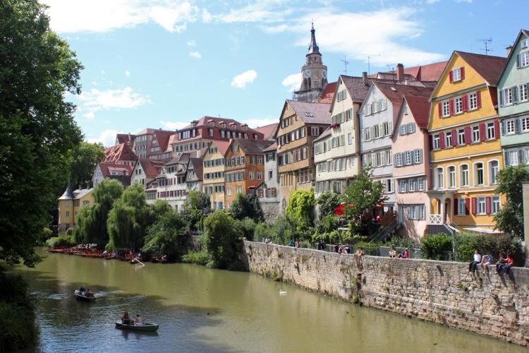 Connect to Medical Services in Germany -