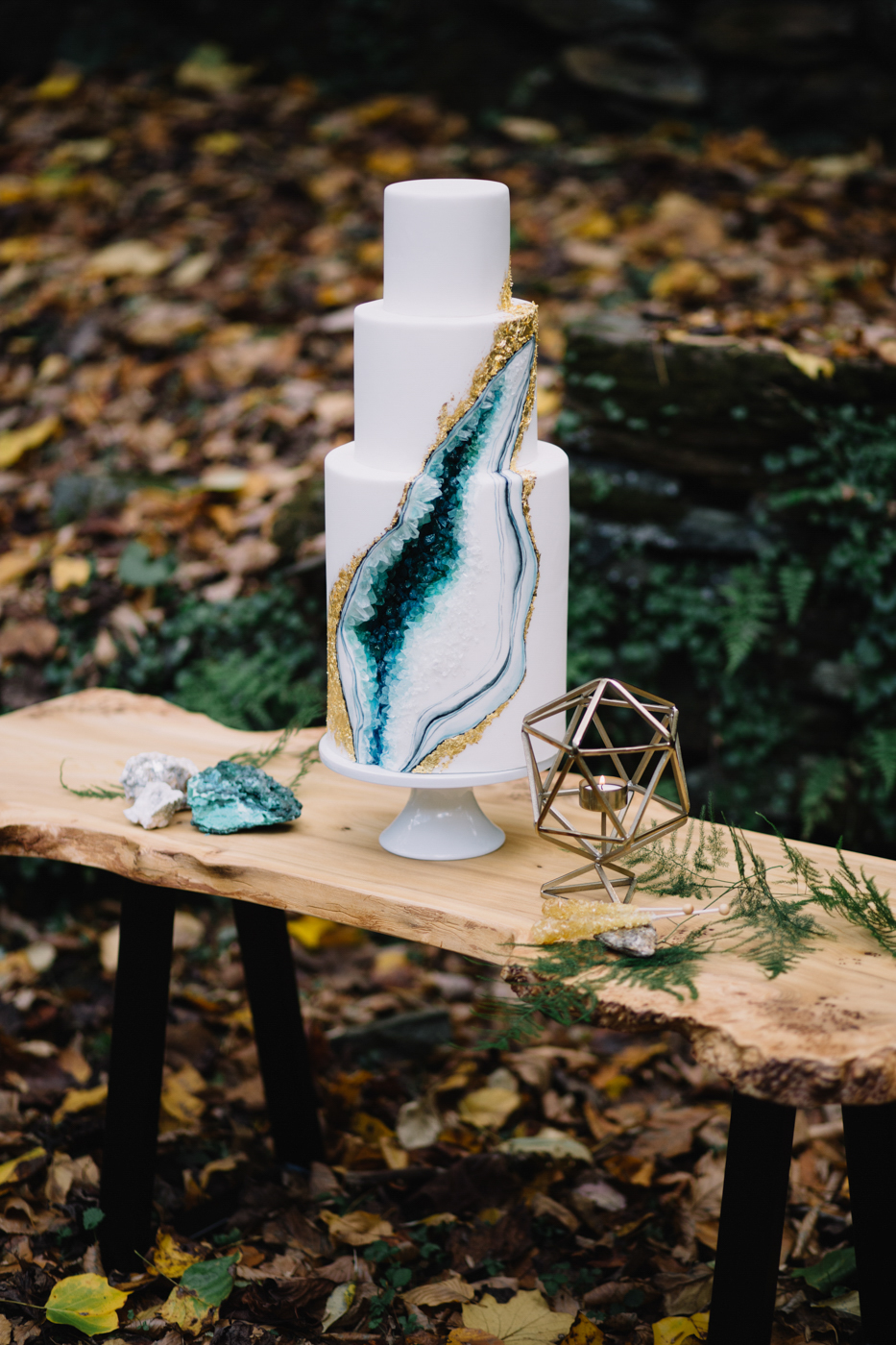 philadelphia-wedding-photographer-valley-green-inn-boho-geode-whimsical-philly-waterfall-weddings-photography-fine-art-13.jpg