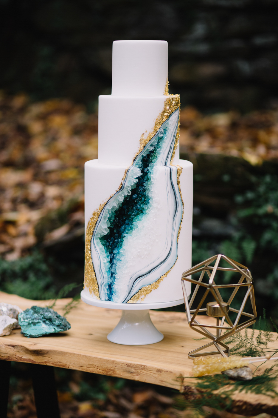 philadelphia-wedding-photographer-valley-green-inn-boho-geode-whimsical-philly-waterfall-weddings-photography-fine-art-15.jpg