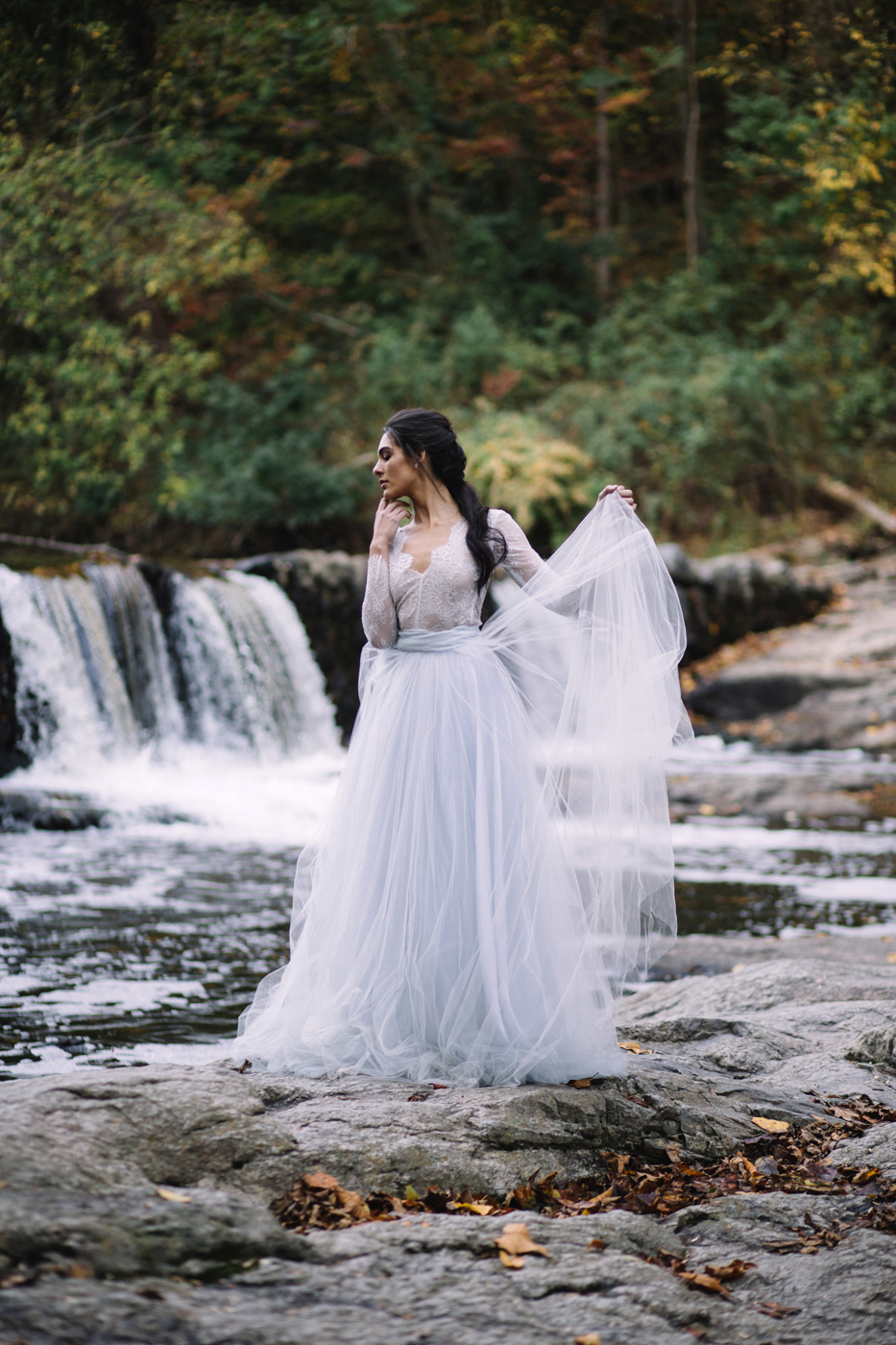 philadelphia-wedding-photographer-valley-green-inn-boho-geode-whimsical-philly-waterfall-weddings-photography-fine-art-91.jpg