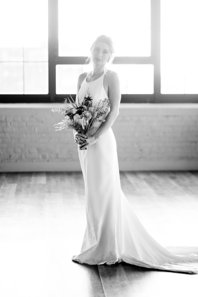 moody-industrial-city-chic-philly-wedding-fame-philly-photographer-philadelpha-32.jpg