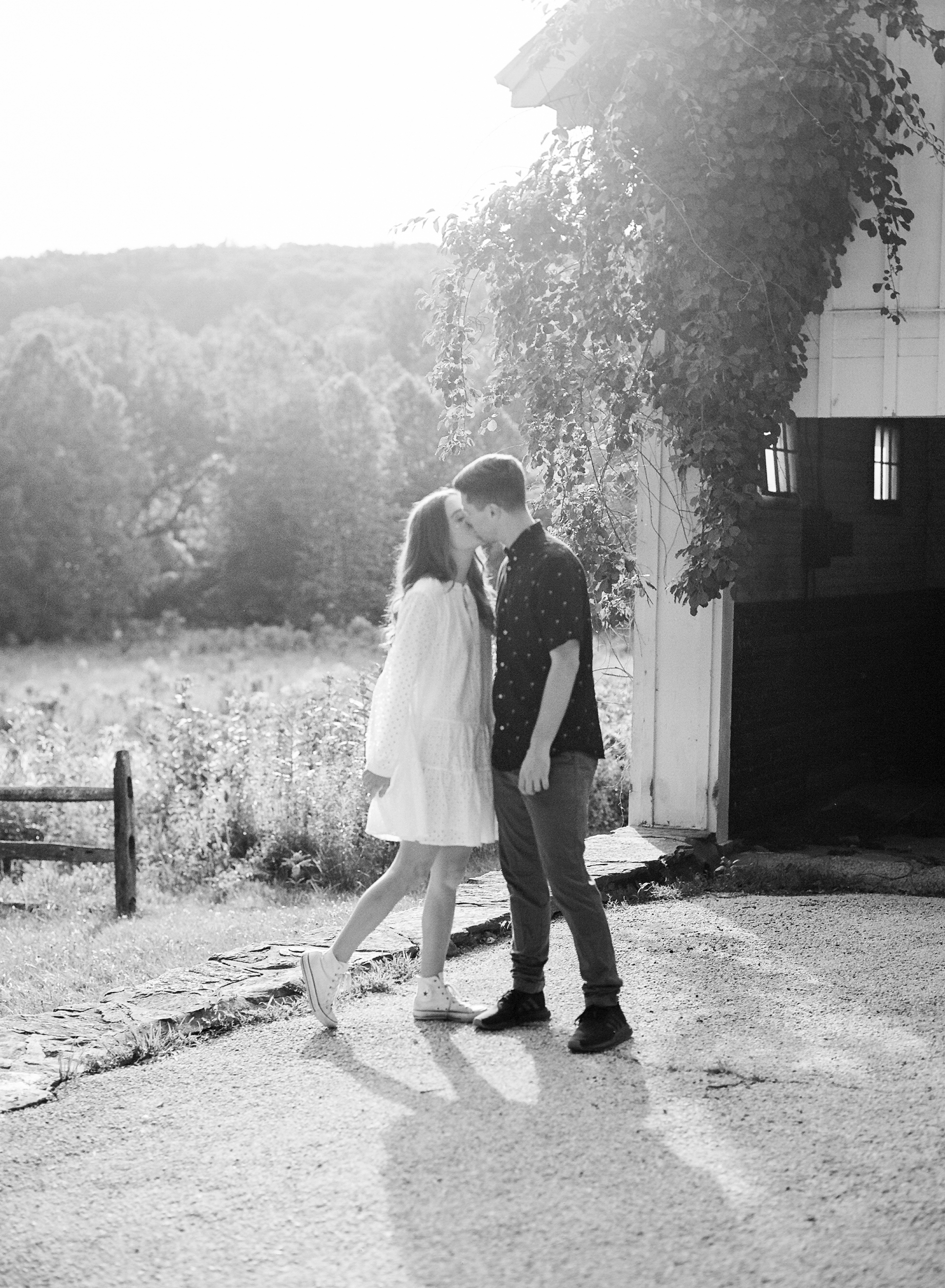 valley-forge-engagement-session-hope-helmuth-photography-24.jpg